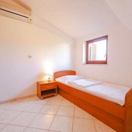Apartment B6 image 4
