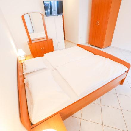 Apartment B4 image 1