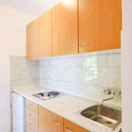 Apartment B4 image 6